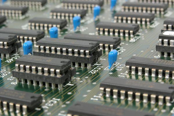 Elektronikversicherung für Ihre elekronischen Begleiter - im Betrieb und auch für unterwegs